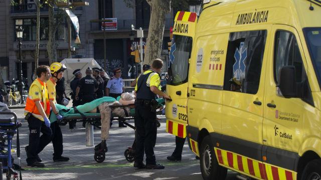 Al menos trece muertos y un centenar de heridos en el atentado terrorista de Barcelona